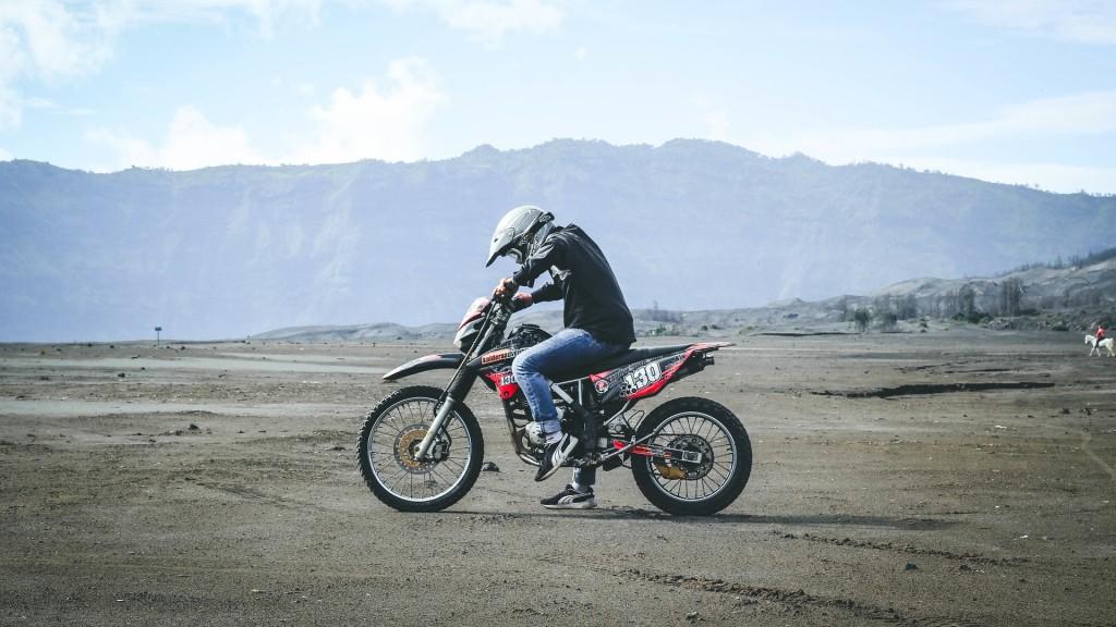 motorbike-desert